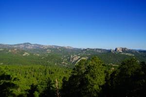 Black Hills med Mt. Rushmore til højre