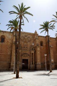Hovedindgangen til Catedral de Almería